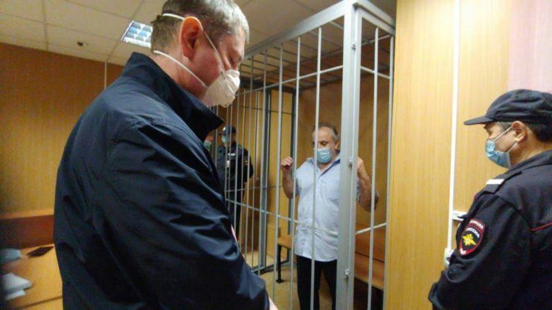 Депутата фракции КПРФ в Мосгордуме Олега Шереметьева отправили под домашний арест.